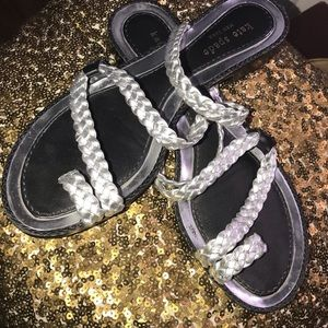 Kate Spade Sandals with Silver Strips Size 7 1/2🤩